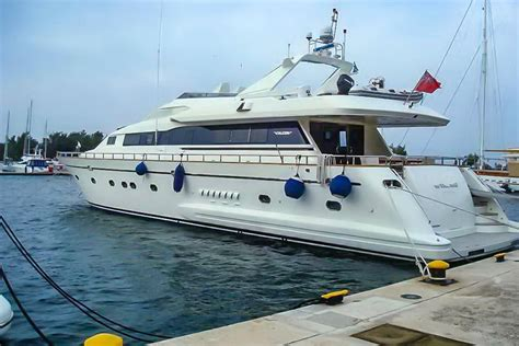 1995 Falcon 92 Power New and Used Boats for Sale - www
