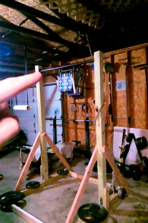 DIY pull up station (freestanding pull up bar) - YouTube