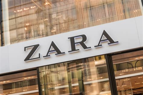 Zara opens first ever click-and-collect store in London