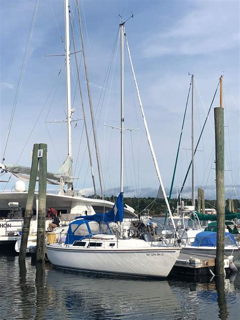 1986 Catalina 25 Sail Boat For Sale - www