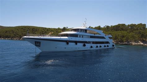 MS Ban - Boat Deckplan, Image Gallery, Itinerary & Reviews