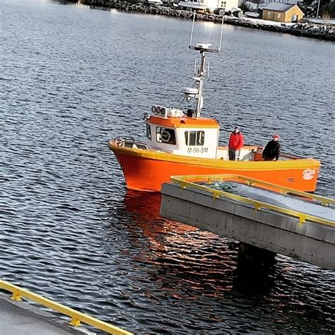 30ft workboat for oil pollution and