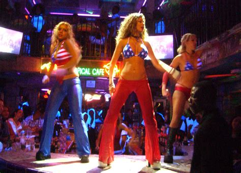Miami Clubs - NIghtlife in Miami - South Beach Night Clubs