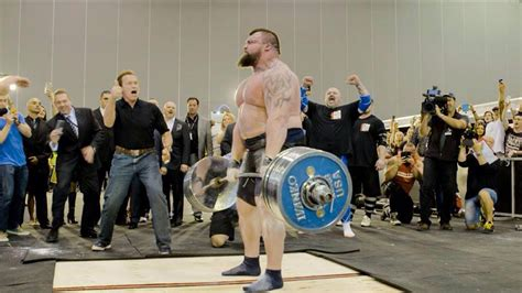 Eddie Hall Deadlifts 1,018 Pounds at Arnold Classic