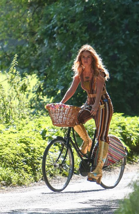 """Lily James - """"Mamma Mia: Here We Go Again!"""" Set in England"""