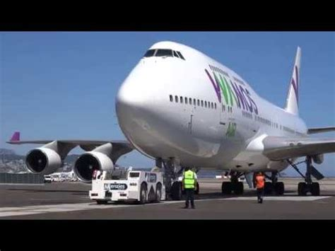 Boeing 747-400 Wamos air, landing, taxi and take off - YouTube