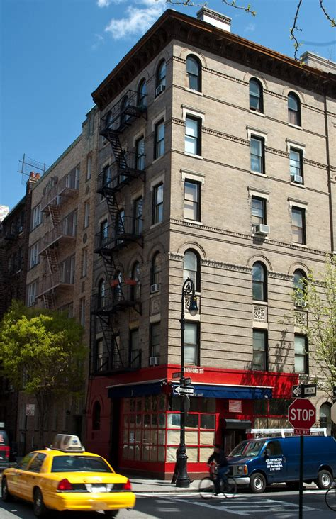 Friends building, New York | The exterior featured in all