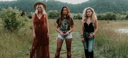 """Single Review: Runaway June """"We Were Rich""""   Nashline Country"""