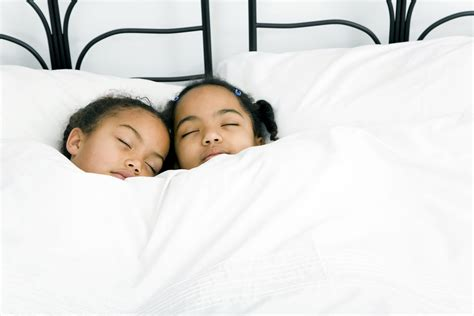 Bunk Bed Bedding Woes: 4 Awesome Zipper Solutions